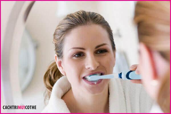 cách trị chua miệng sau khi ăn
